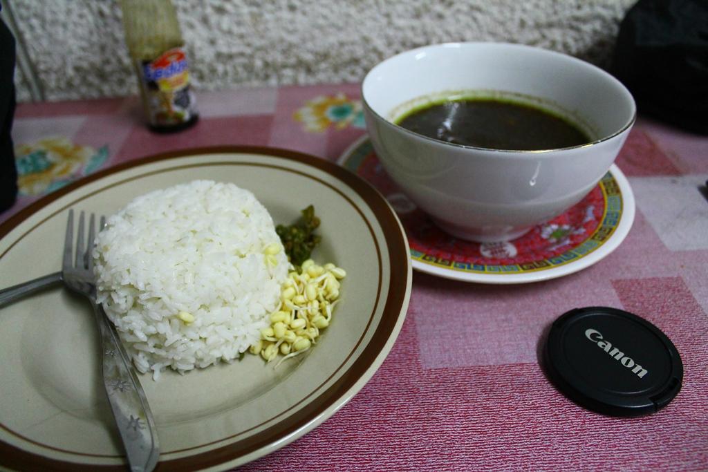 Ini dia wujud nasi rawonnya